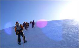 登山攀岩必备工具动力绳基础常识